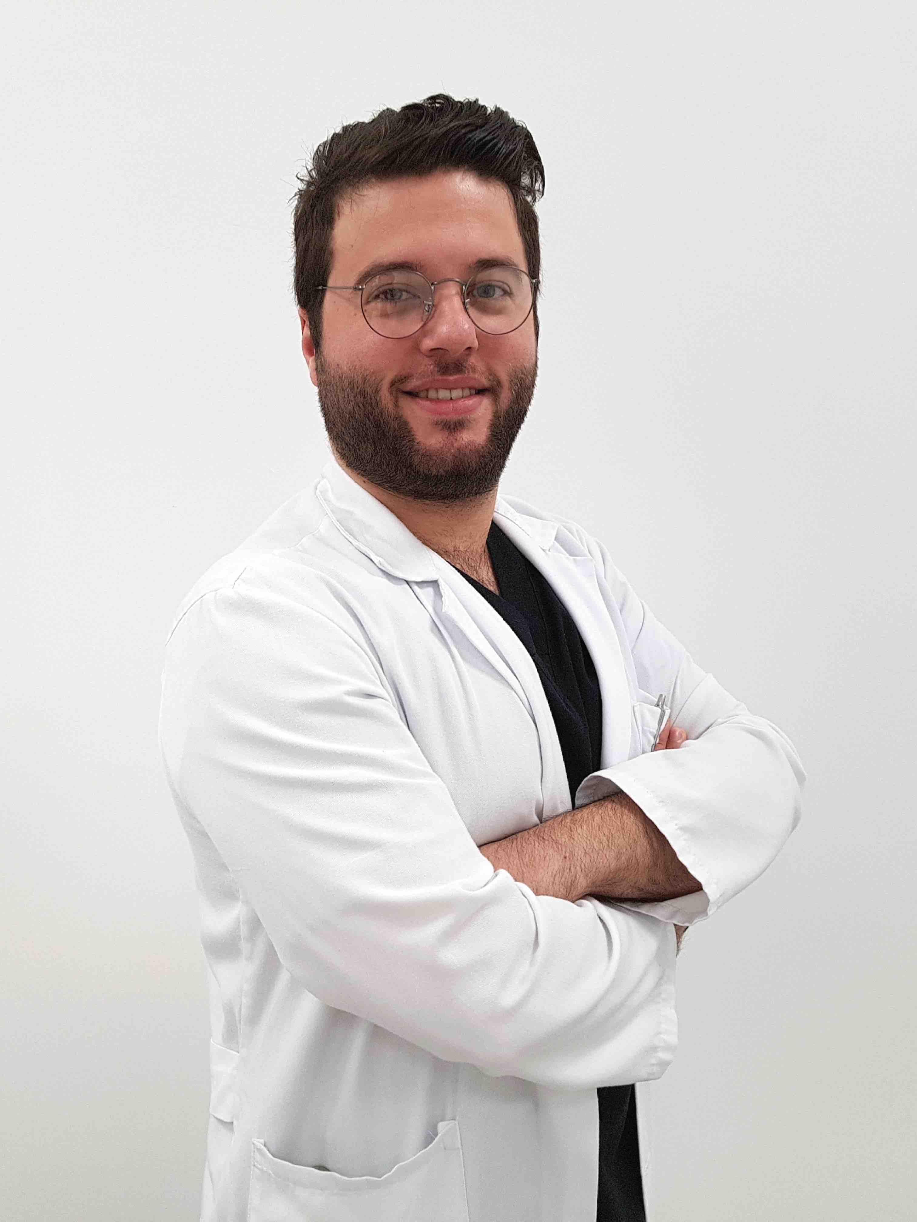 Dentista Federico Pinzarrone