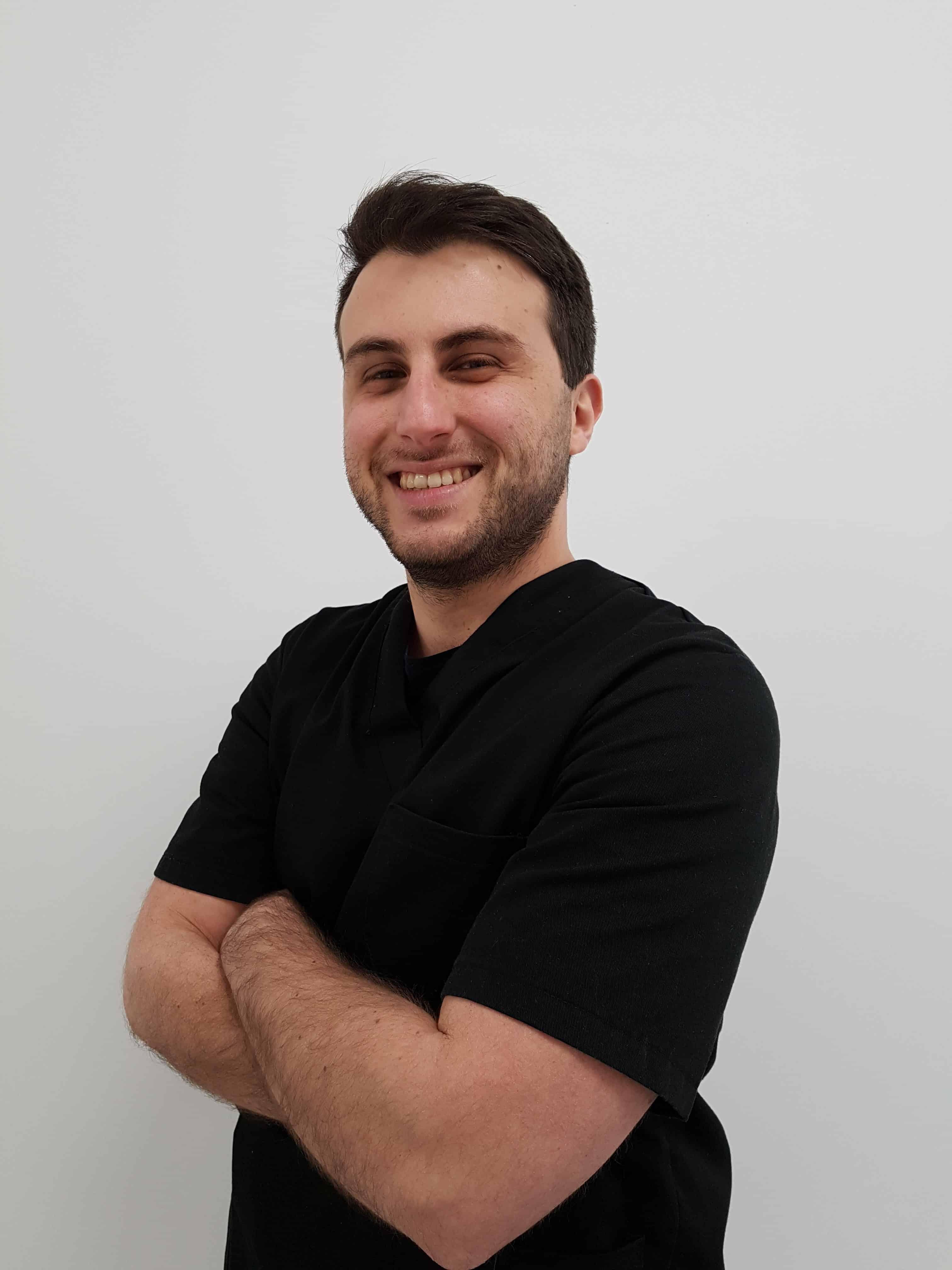 Dentista Gianluca Pinzarrone